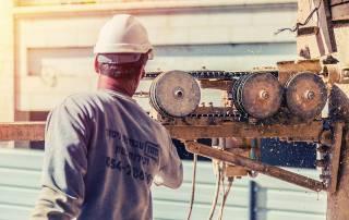 מכונת ניסור עם כבל יהלום